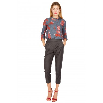 NICOWA - Elegant blouse ALONA with a floral pattern /