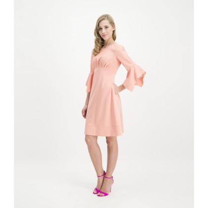 Classy JOLEWA dress with feminine fit /