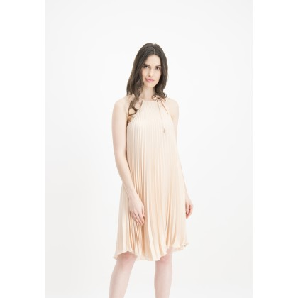 Elegantly shimmering pleated ALEVA dress /